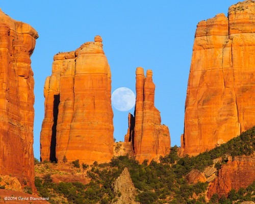 Moon rise behind Cathedral Rock—2nd location.