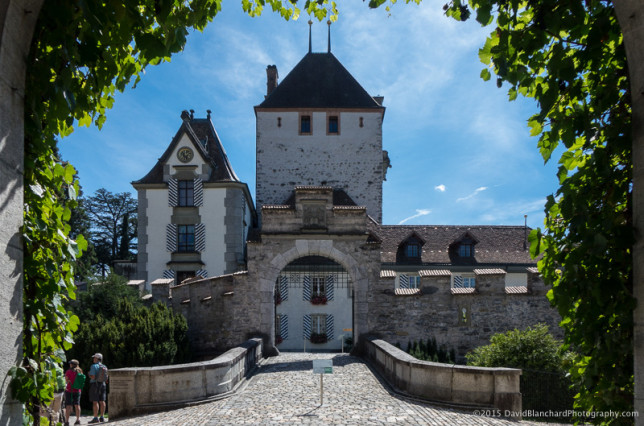 Entrance to Schloss Spiez.