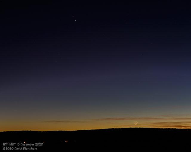 Moon, Jupiter, and Saturn in evening twilight.