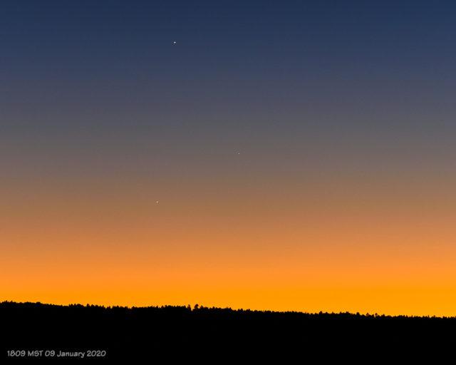 Mercury, Jupiter, and Saturn on 09 January 2021.