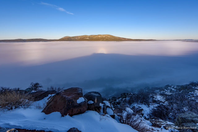 Glory and Brocken Spectre (center) with partial segments of a Fogbow.