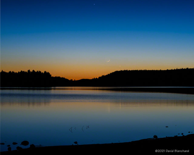 Moon, Venus, and Mercury in the evening sky.